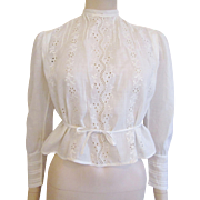 Antique Victorian White Lace Blouse 1900s Eyelet Pintuck Cotton Carved Pearl Buttons