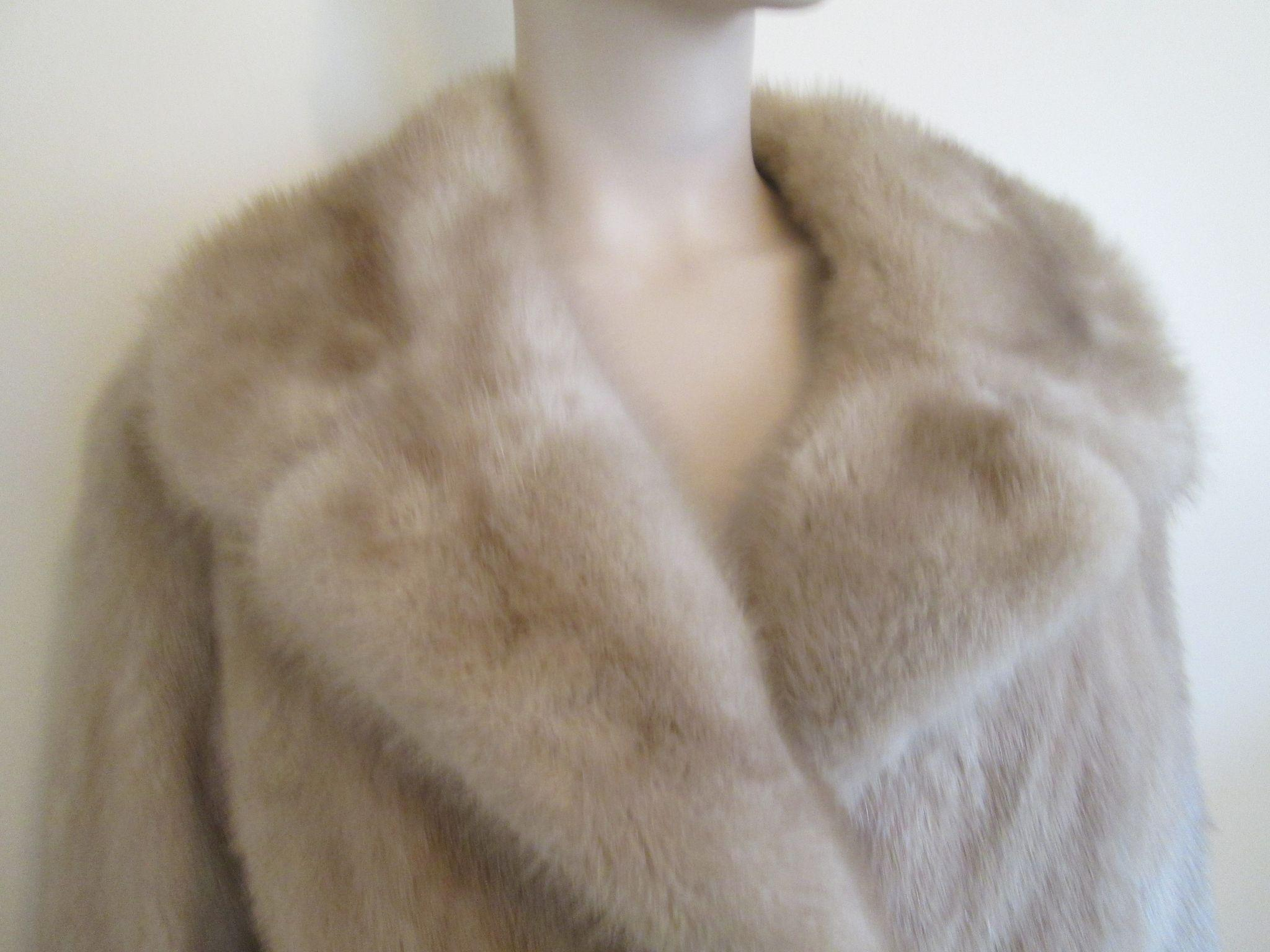 WINTER CLEARANCE! Mink Fur Coat Vintage 1950s Champagne Honey