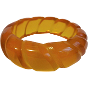Apple Juice Bakelite Bangle Bracelet Vintage 1940s Art Deco Deeply Carved Roper Designs Prystal