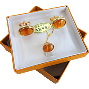Mens Cuff Links Tie Tack Set Vintage 1960s Dead Stock NIB Amber Gold Tone Jewelry Set