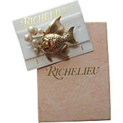 Richelieu Fish Brooch Vintage 1960s Faux Pearl Bubbles New In Advertising Box