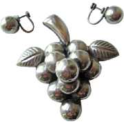 Mexico Sterling Silver Grapes Brooch Earrings Vintage 1940s Pin Clip Earrings SS