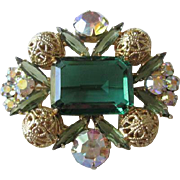 Emerald Green Juliana Delizza Elster Brooch Vintage 1960s Aurora Borealis Filigree Pin