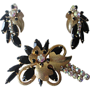 Juliana Delizza Elster Brooch Earrings Set Vintage 1960s Gold Plated Black Aurora Borealis Rhinestone Demi Parure