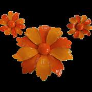 Demi Parure Vintage 1960s Orange Metal Daisy Flower Pin Brooch Clip Earrings Jewelry Set