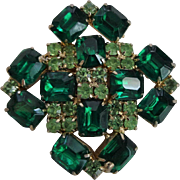 Vintage 1950s Green Rhinestone Brooch Emerald Peridot