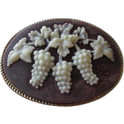 Incolay Stone Belt Buckle Vintage 1970s Grapes Wine Lover Vineyard