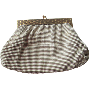 Whiting and Davis Clutch Purse Vintage 1940s Winter White Alumesh Mesh Gold Plated