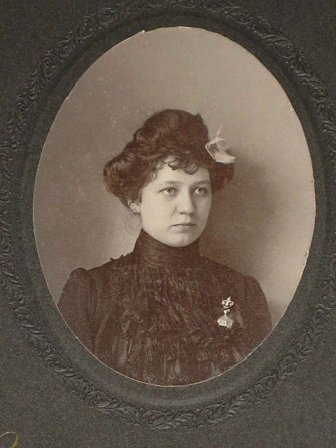 Antique Cabinet Card of Beautifully Dress Young Woman with Fleur de Lys Brooch-Mourning?