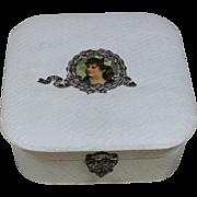 Vintage Box for Mignonette Display