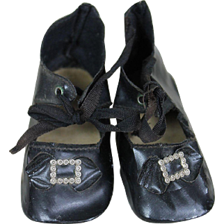 Antique Oil Cloth Heeled Doll Shoes