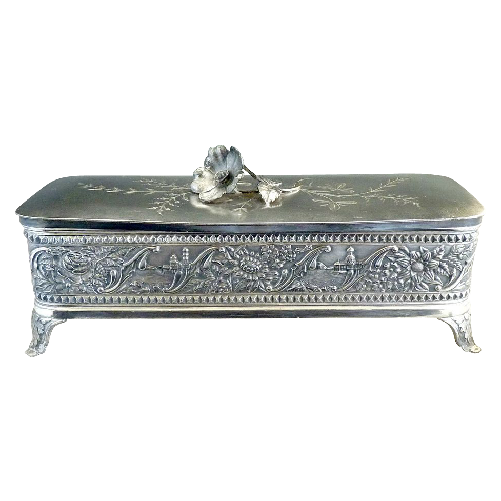 Wm Tufts silver plate glove box satin lining c. 1880s