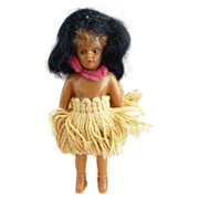 Vintage hula doll yarn skirt composition Hawaii