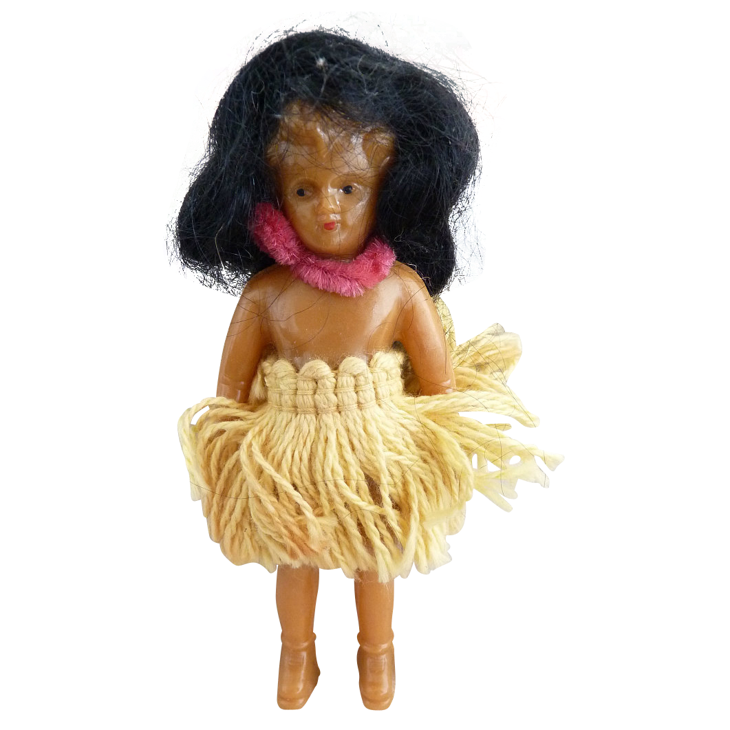 Vintage hula doll yarn skirt composition Hawaii