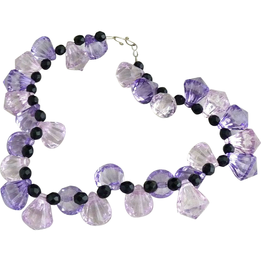 Vintage lucite necklace lavender teardrop jet beads