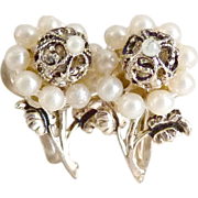 Early Coro earrings filigree flower seed pearl screw back