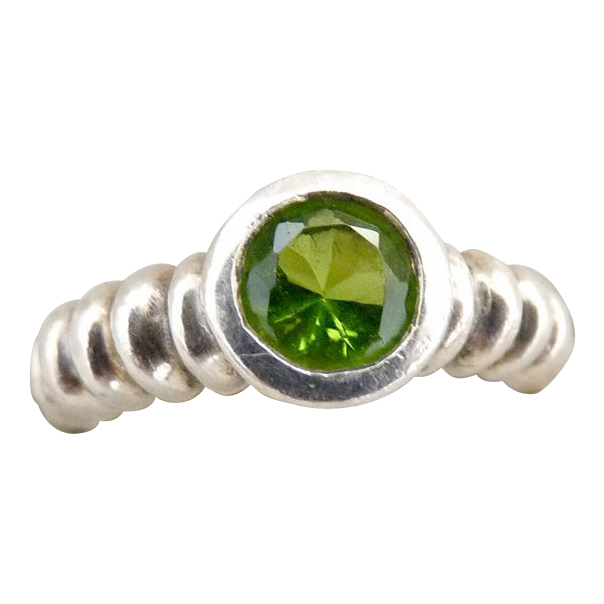 vintage peridot ring sterling silver bezel set from