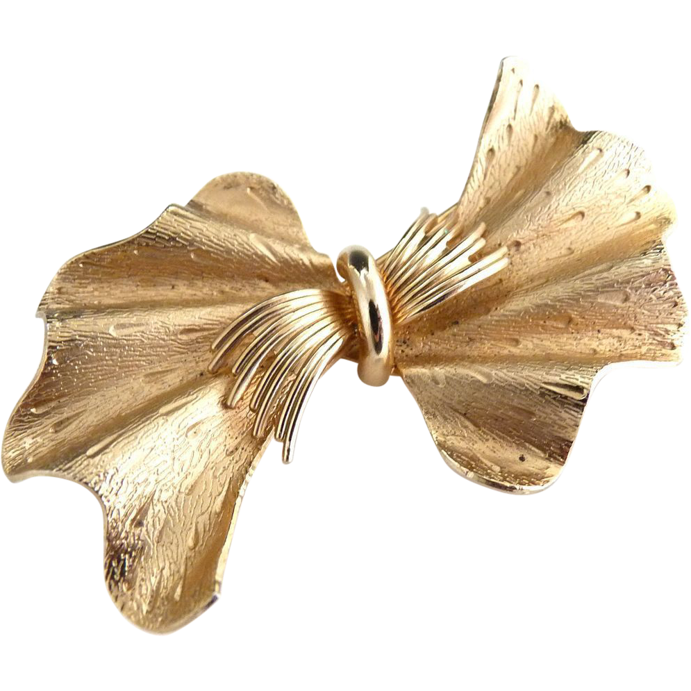 Vintage gold Coro bowtie brooch