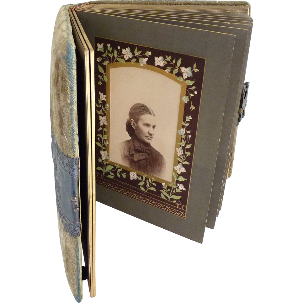 Victorian cabinet card photo album velvet cover