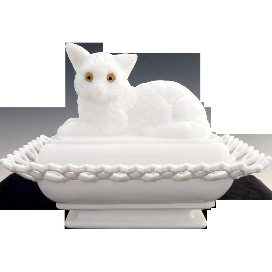 Atterbury milk glass nesting cat compote c. 1889