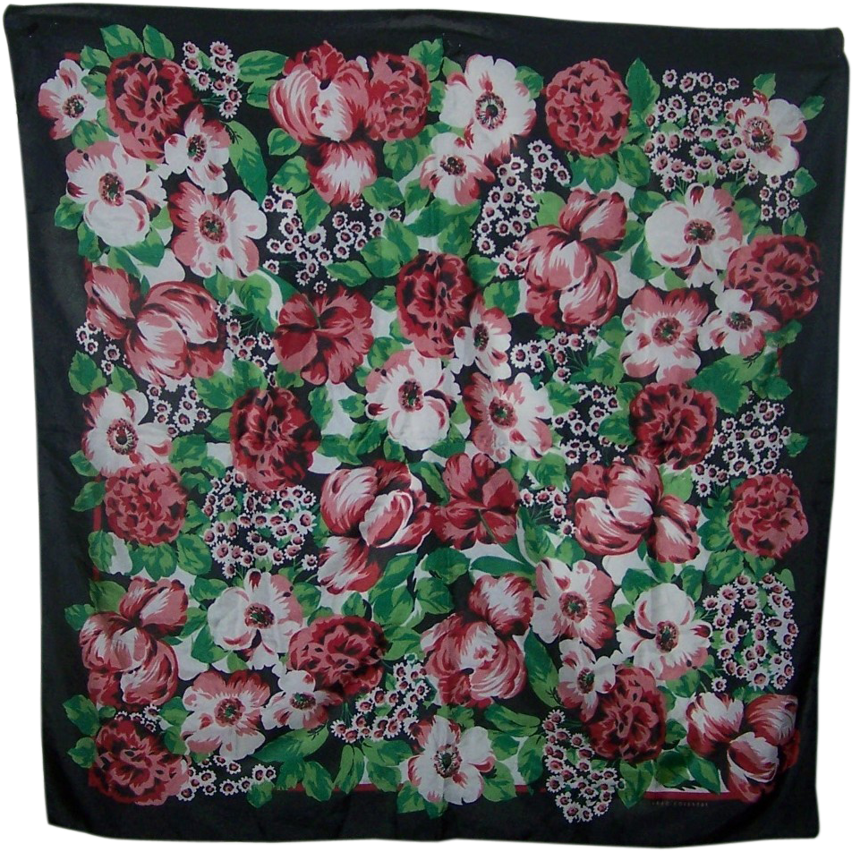 A Pretty Vintage Floral Pattern Sarah Coventry Ladies Fashion  Accessory Scarf