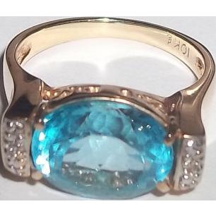 Stunning London Blue Topaz Gemstone 10 K Gold Ring Size 7.5