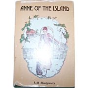 "Hard Cover Book "" Anne Of The Island ""  L.M. Montgomery"