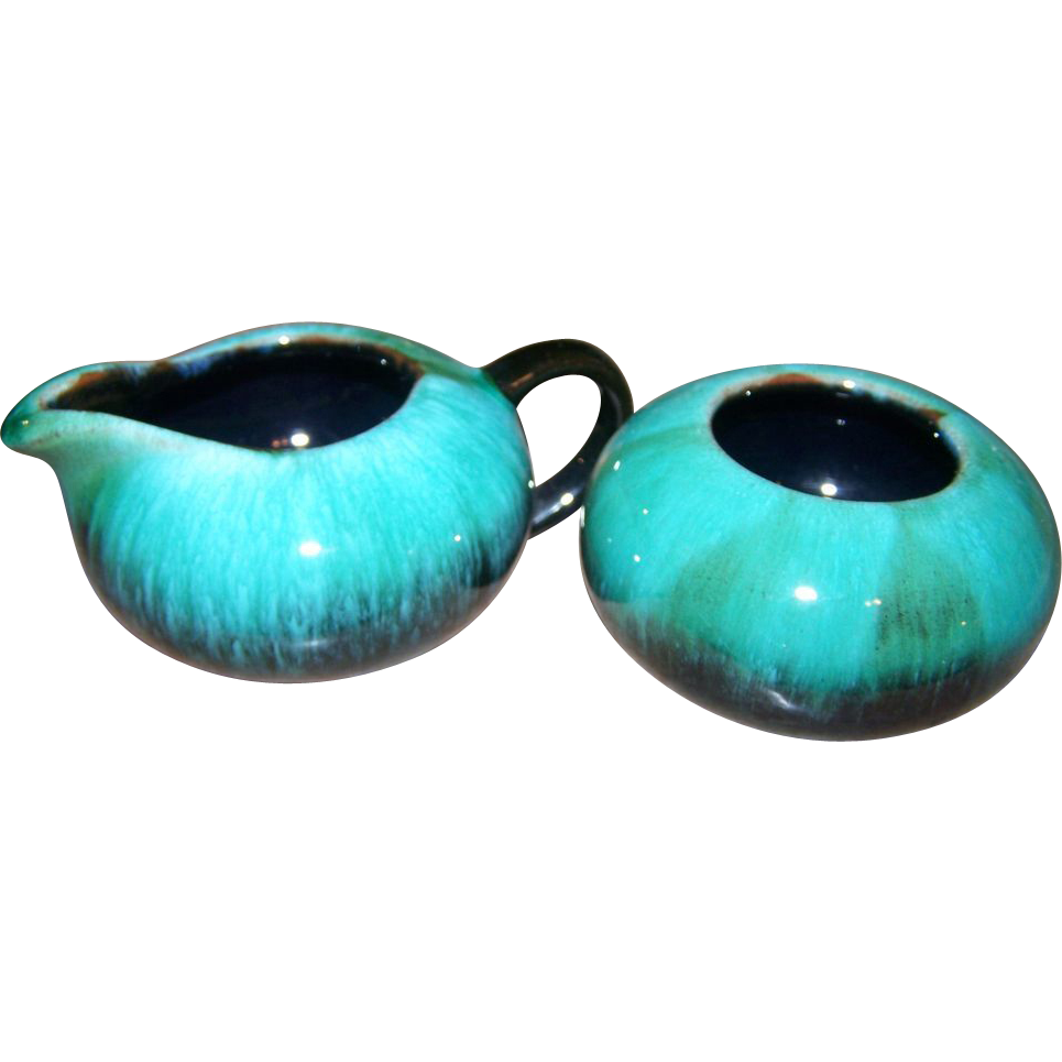 Retro art pottery by blue mountain pottery collingwood for L furniture warehouse victoria bc