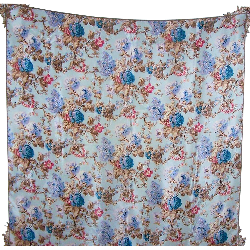Vintage Designer Signed 100 % Silk Floral Pattern Ladies Fashion Scarf Echo Club 7