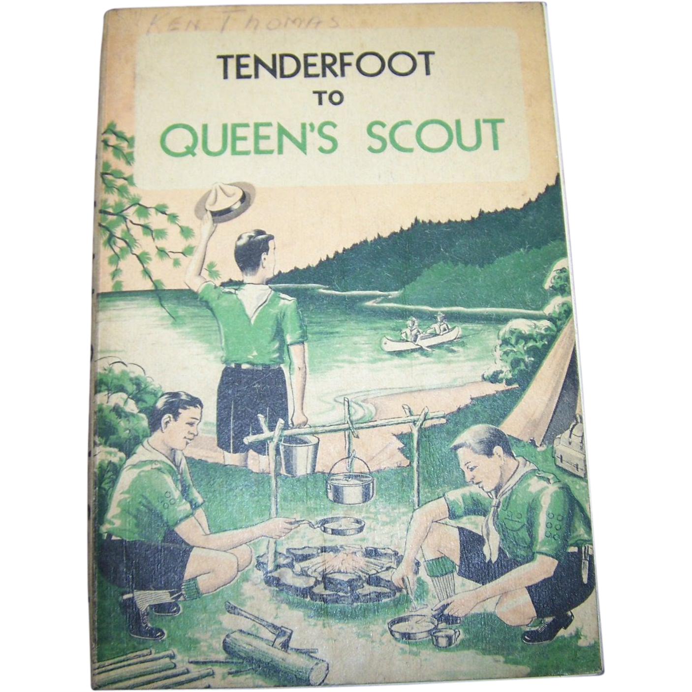 Soft Cover Book Tenderfoot To Queen's Scout Boy Scouts of Canada