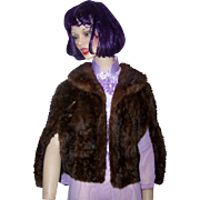 Glamorous  Cameo Furs Bridgeport Conn Women's Fur Capelet Shawl Cape