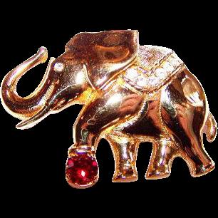 Swan Logo Signed Swarovski Crystal Rhinestone Lucky Circus Elephant Pin