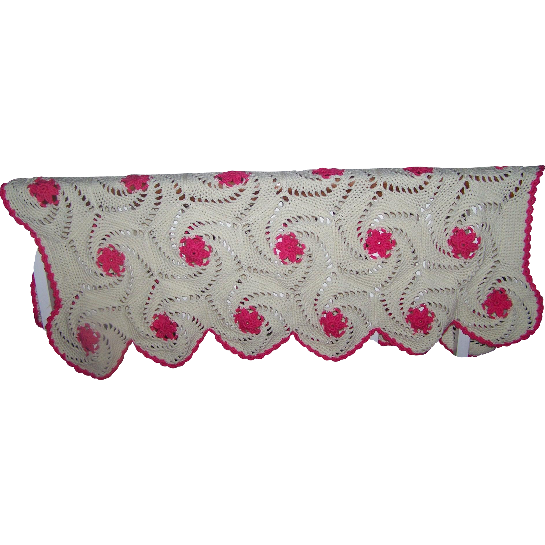 Oh So Pretty Hand Made Crochet Off White With Pink Floral Accents Blanket Home Decor Accent