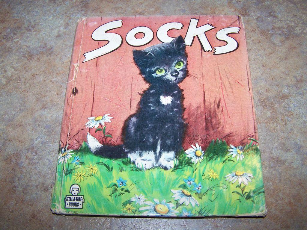 """Vintage Children's Book """" Socks"""" Little Kitten C. 1949"""