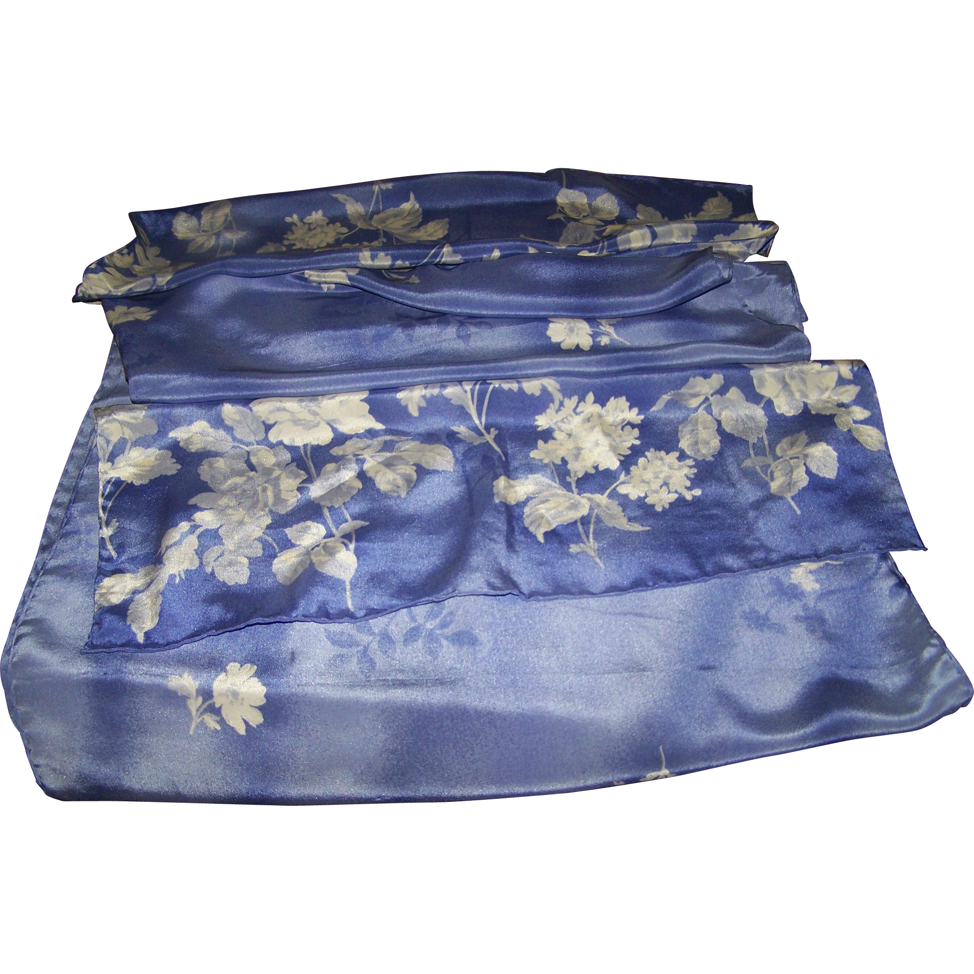 Lovely Large Rectangular Purple and White Floral Pattern Ladies Silk Fashion Scarf