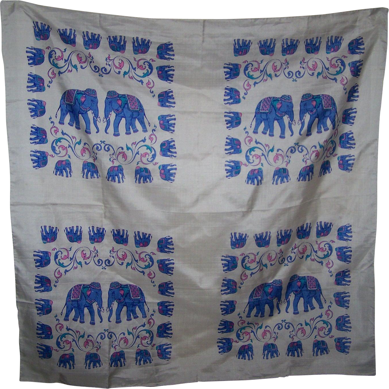 Lovely 100 % Thai Silk Elephant  Themed Ladies Fashion Scarf