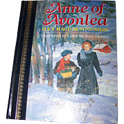 "Hard Cover Book "" Anne of Avonlea "" by Lucy Maud Montgomery"