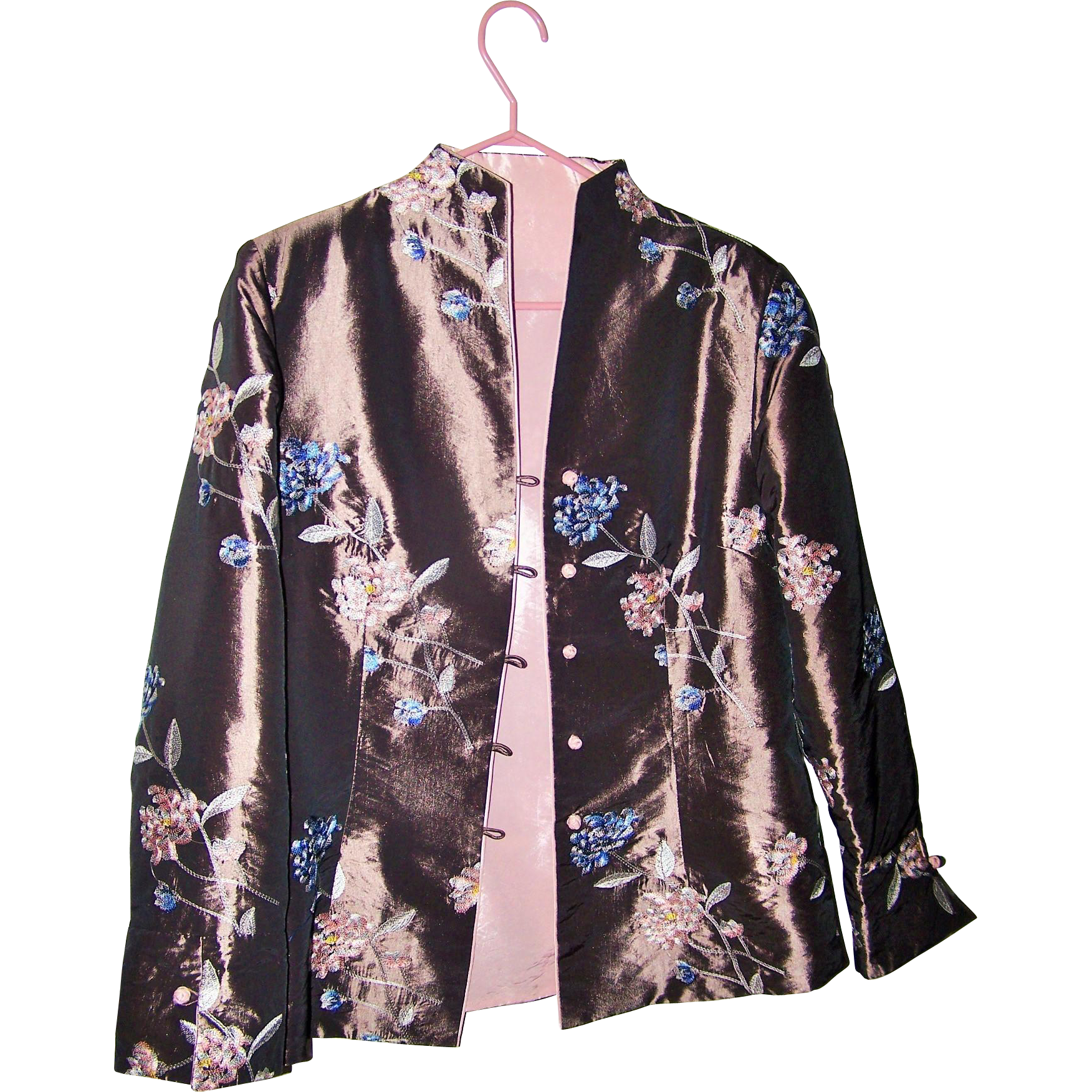 Beautiful Silk Ladies Medium Oriental Style Jacket with Embroidered Style Floral Pattern