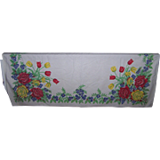 A Beautiful Quality Cheerful Spring Flower Floral Print Table Cloth