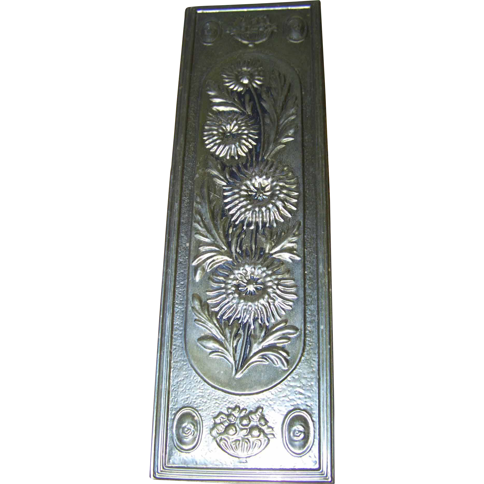 Lovely Decorative  Vintage Brass Over Wood Embossed Floral Wall Home Decor Plaque