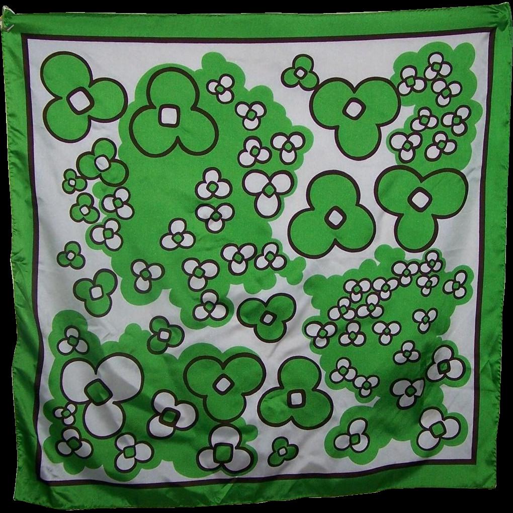 Fun Vintage Pop Mod Style Flower Print Scarf SNIA WistelT Textured Polyester