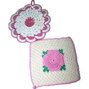 2 Sweet Decorative Vintage Crochet Small  Doilies Pot Holders