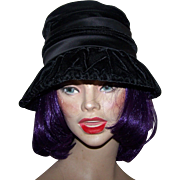 Gently Used Stylish Dramatic Ladies Black Velvet Hat