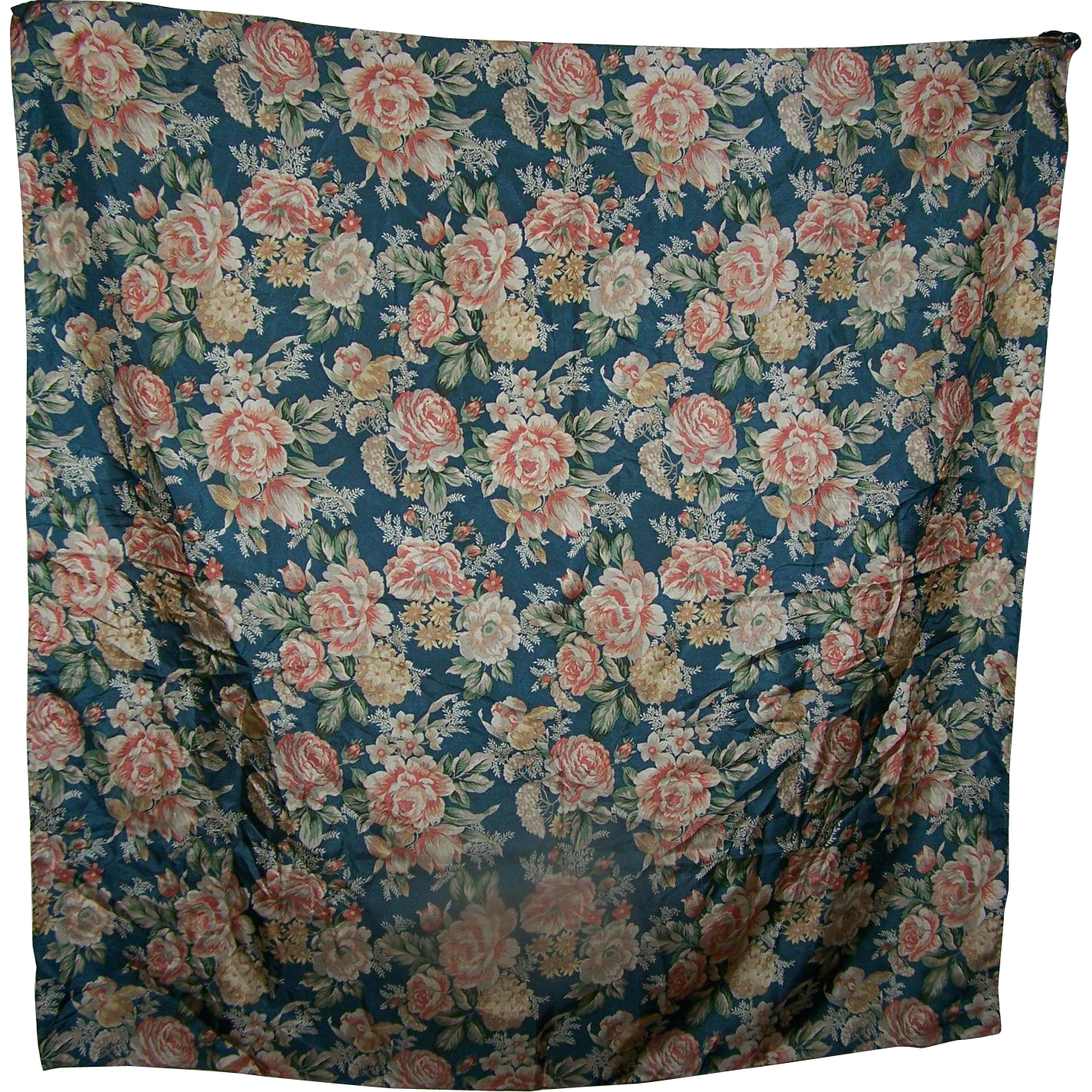 Beautiful Gently Used Designer Harve Benard 100 % Silk Scarf Flower Pattern