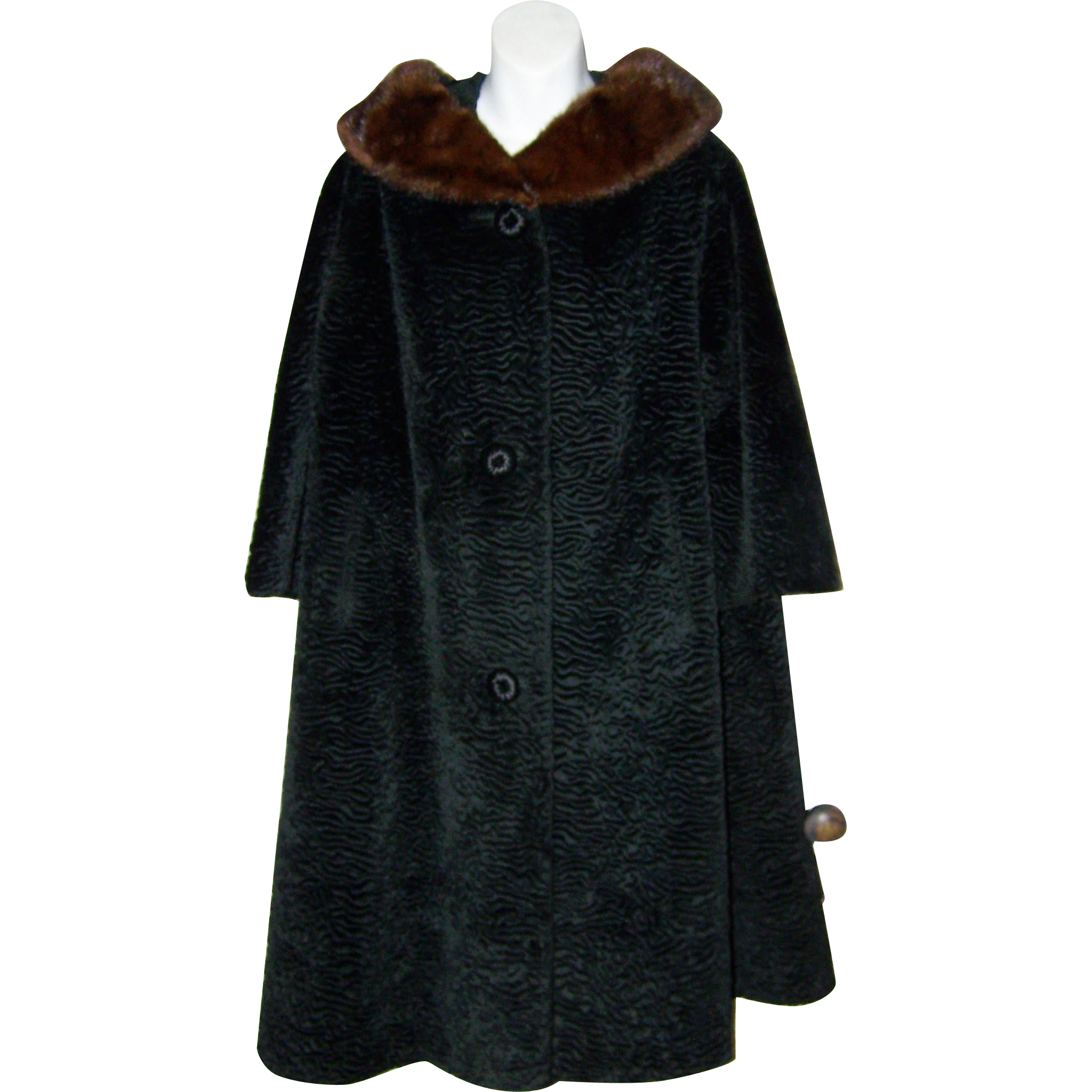 Stunning Vintage  BORRE by SPORTOWNE Faux Mouton and Fur Collar Swing Style Coat