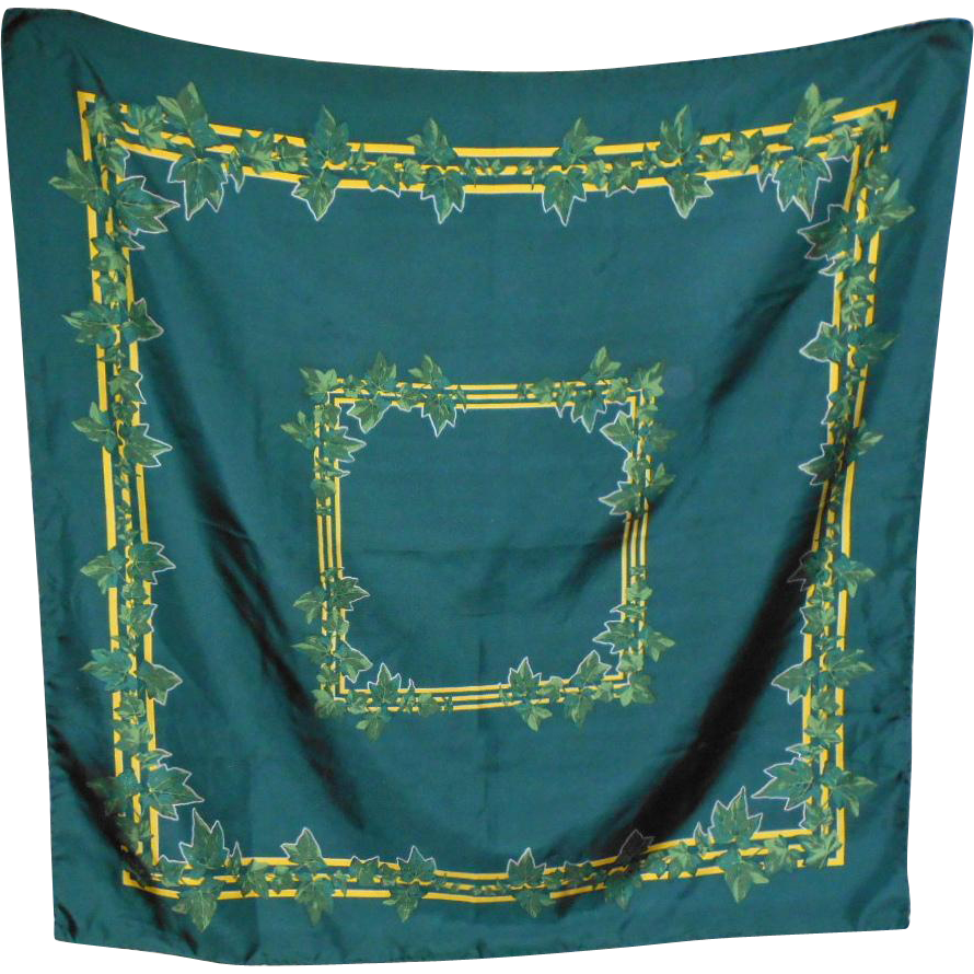Made Exclusively for The Ivy Club  Princeton N.J. 100 % Silk Scarf Vincente Minette Design