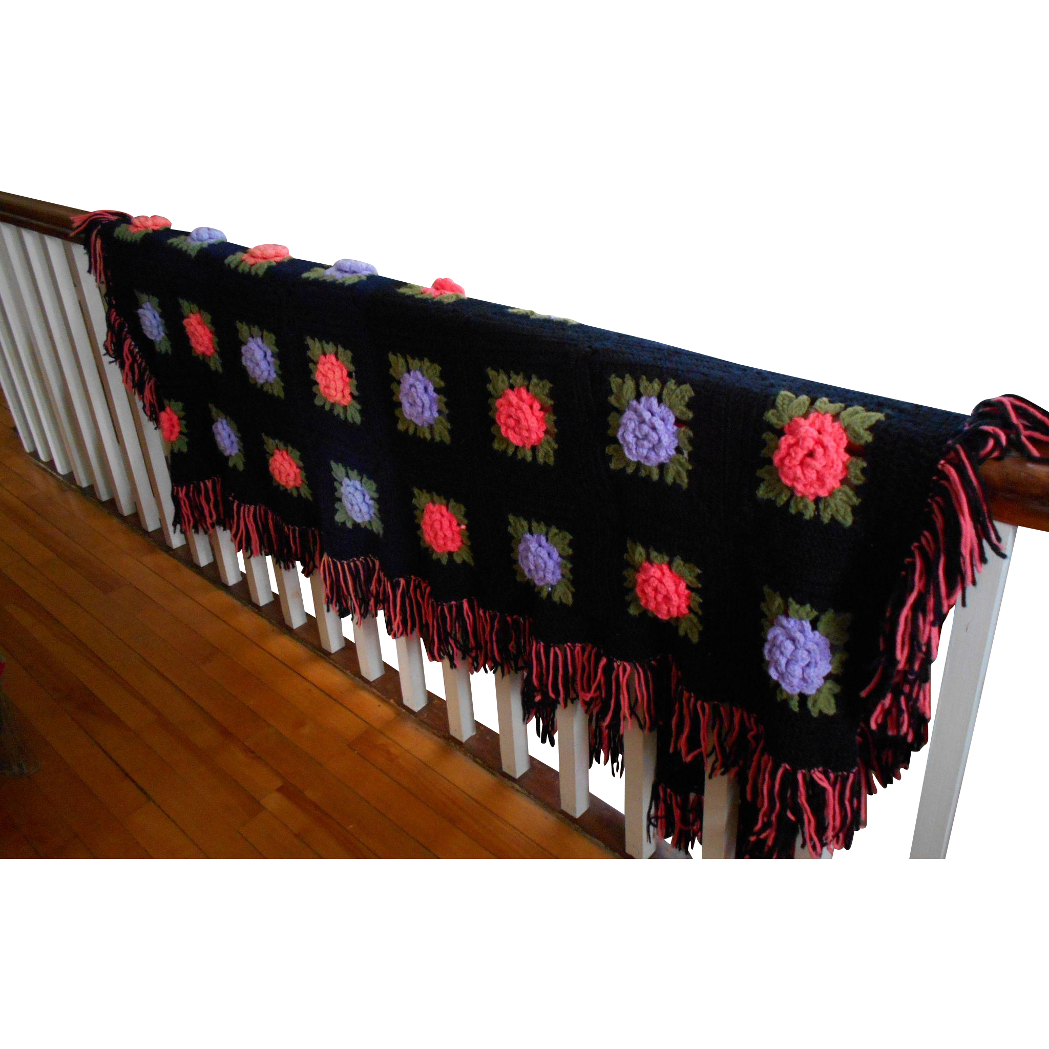 A Pretty Vintage Handmade  Crochet Blanket With Flower Accents