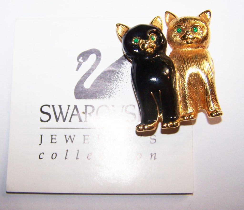 Designer Signed  Swarovski Crystal Rhinestone Kitty Cat Brooch  Pin