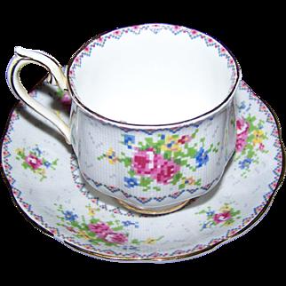 Royal Albert Bone China Teacup Saucer Set England Petit Point China