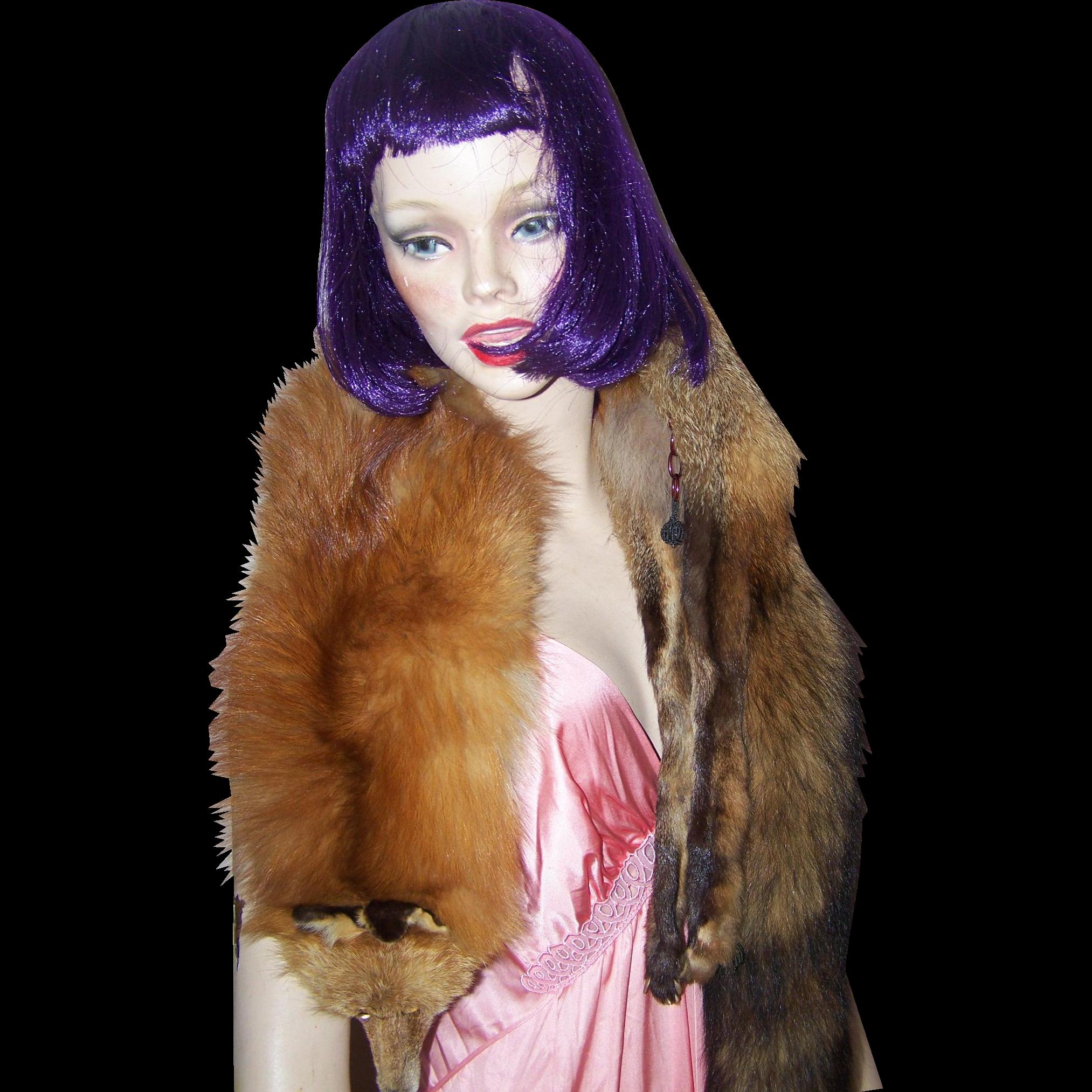 A Vintage Red Fox Fur Ladies Fashion Accessory  Wrap Stole